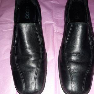 Ladies Ecco shoe